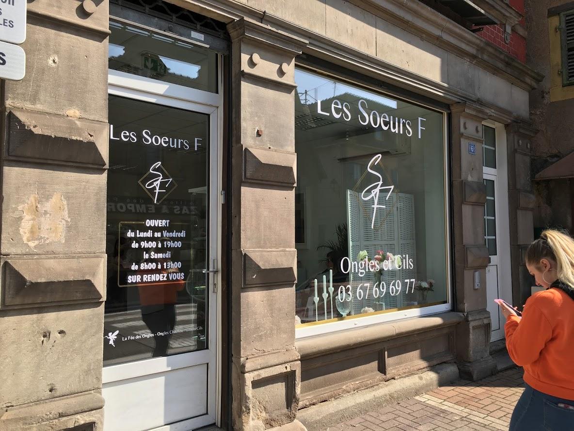 Conception, vectorisation et lettrage pour vitrine